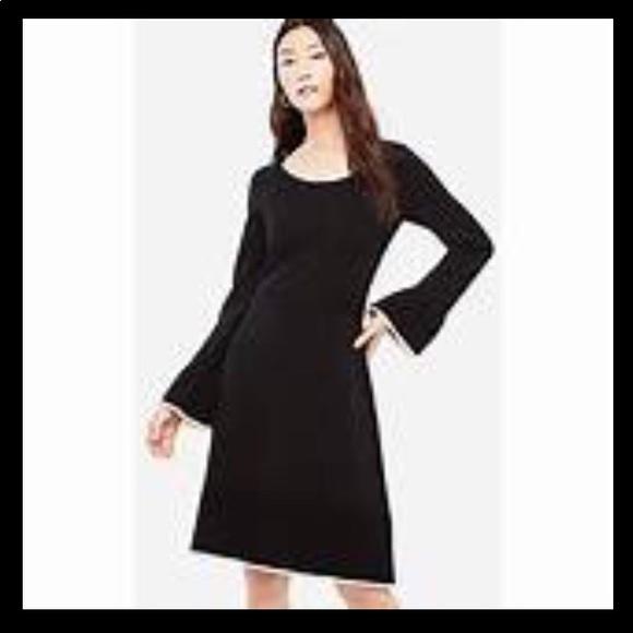 f3d1bf8a509 NWT Ann Taylor Ruffle Flare Sweater Dress 🌟